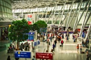 airport-1515448_640