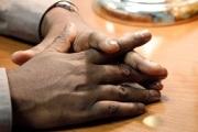 hands-640851_640